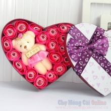 Hoa hồng sáp hộp trái tim 23 bông HQ011